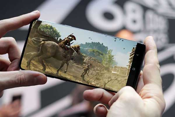 10 قابلیت جذاب اینترنت 5G که در 4G موجود نیست - انجام بازی های آنلاین بدون افت کیفیت