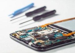 کدام گوشی های اندرویدی راحتتر تعمیر میشوند ؟